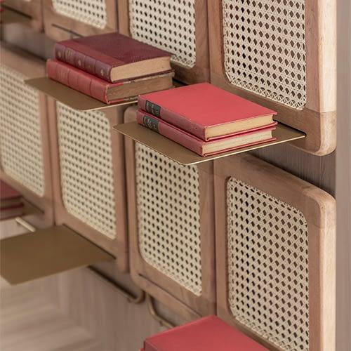 Brazilian design Carpela Shelf